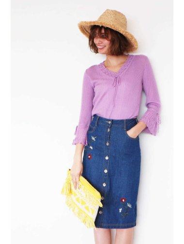 刺繍ひざ丈デニムスカート